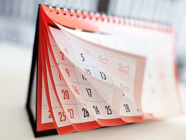 Do You Use 'On' With Days and Dates?