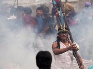 Indigenous pour in from Amazon to boost Ecuador protests