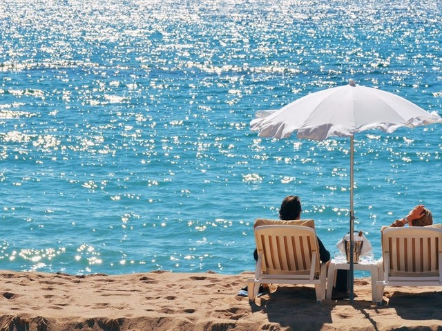 With more free time and high average credit scores, retirees can reap the rewards of travel credit cards more than almost anyone else
