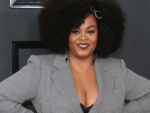 """With Ongoing Divorce Drama, Jill Scott Bought A Mountain To Walk """"When I Need Peace Of Mind"""""""