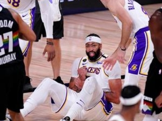 Lakers try to regain control vs confident Nuggets in Game 4