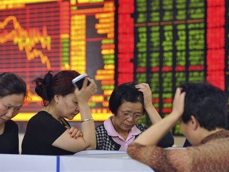 "S&P Futures Fall, ""Panic Selling"" In China As US-China Spat Escalates"