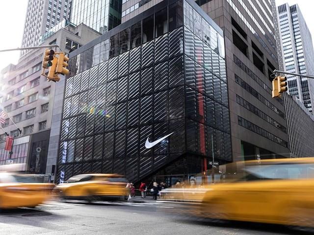 Nike reshuffles senior leadership team