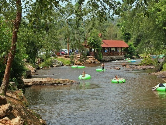 The 25 Best Tubing Destinations in America