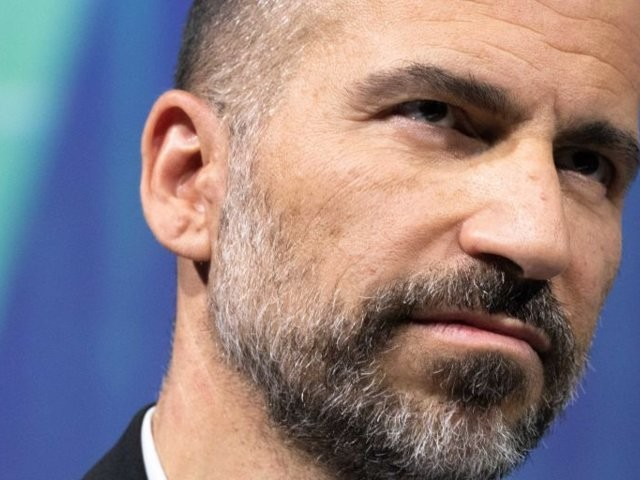 Uber has dangled $100 million at Dara Khosrowshahi if he can convince investors, or a buyer, that the company is worth $120 billion