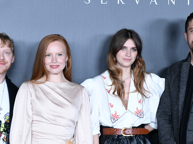 Rupert Grint & 'Servant' Co-Stars Debut First Trailer at New York Comic-Con - Watch Now!