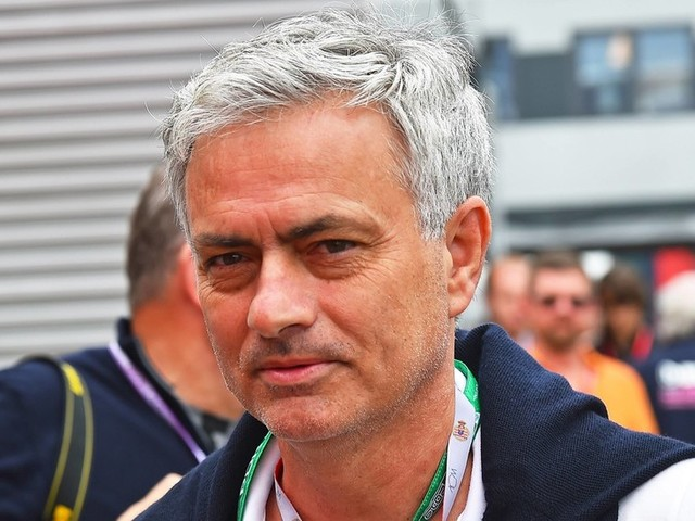 Jose Mourinho 'ready to step in' if Real Madrid sack Zidane – reports