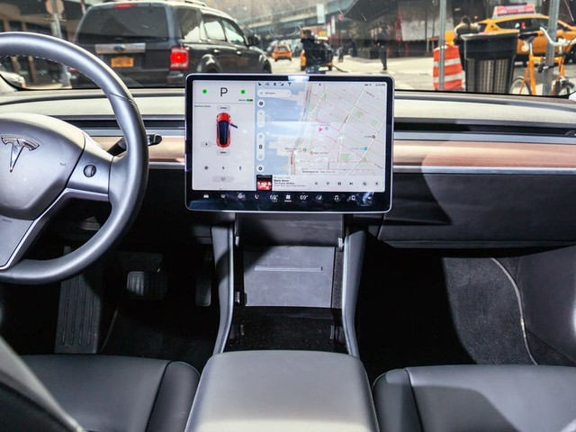 Here's how the Tesla Model 3's interior stacks up against the benchmark Mercedes-Benz A220 (TSLA)
