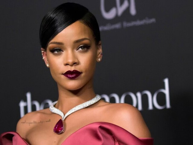 Rihanna defends Vogue writer who received backlash for 'winging' interview