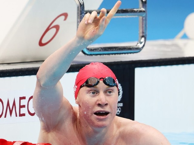 Olympic Swimmer Tom Dean Battled COVID-19 Twice and Won Gold Medals
