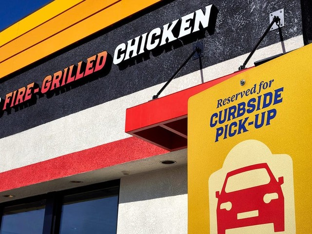 These 6 restaurant chains skyrocketed in growth during the pandemic and now are courting new franchisees. Here's what it takes to open and run an El Pollo Loco, Jack in the Box, Noodles and Company, and others.