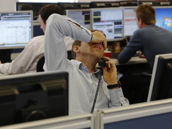 """""""Sea Of Red"""" For Global Markets As Traders Brace For Recession Amid Global Trade War"""