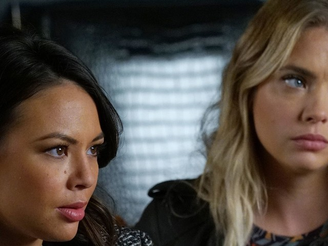 "Pretty Little Liars Season 7, Episode 18 Recap: ""Choose Or Lose"""