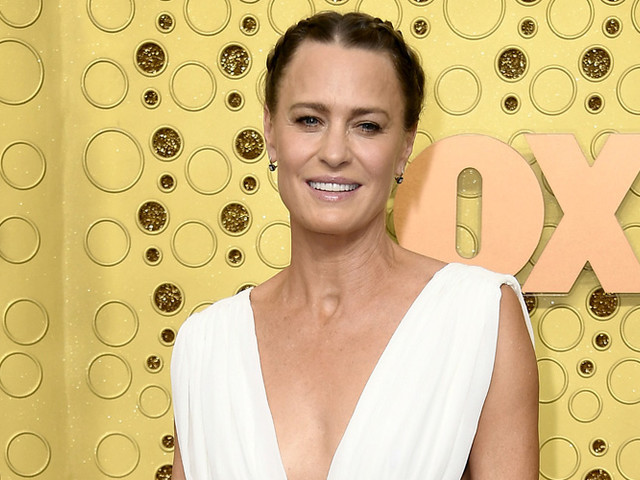 Robin Wright Stuns on the Red Carpet at Emmy Awards 2019