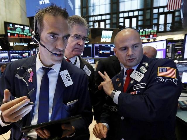 US stocks jump on planned resumption of US-China trade talks