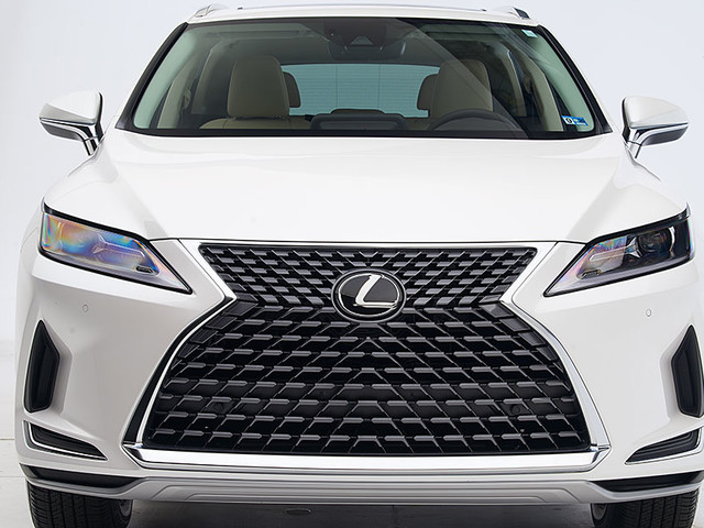 Lexus RX earns Top Safety Pick