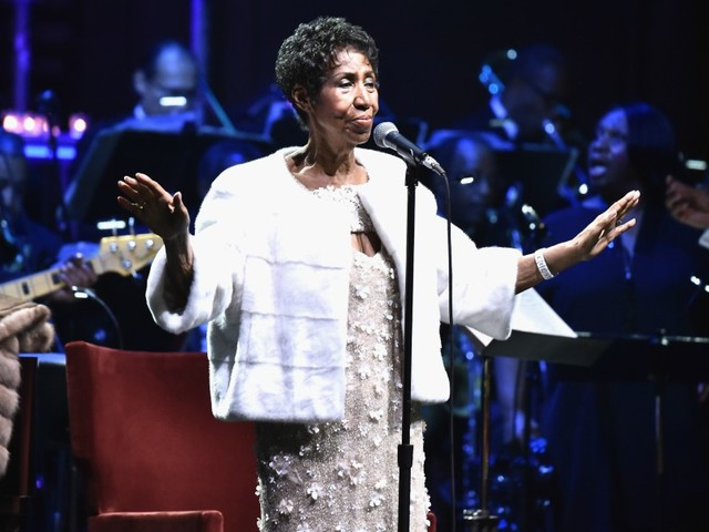 Aretha Franklin Issues Statement Following Death Rumors, Addresses Weight Loss