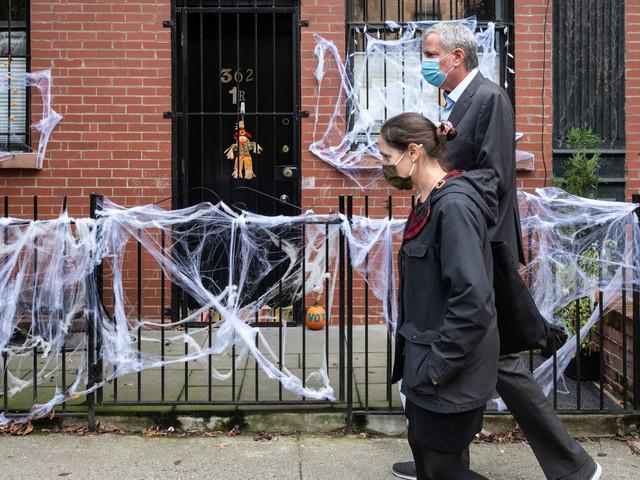 De Blasio vows Halloween crackdown amid 'worrisome' COVID surge
