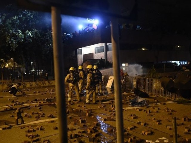 In latest escalation, Chinese army troops seen on the streets of Hong Kong