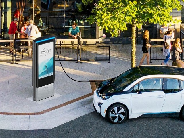 How long does it take to charge an electric car? It depends.