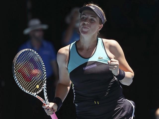 Simona Halep and Angelique Kerber advance; Karolina Pliskova and Belinda Bencic fall