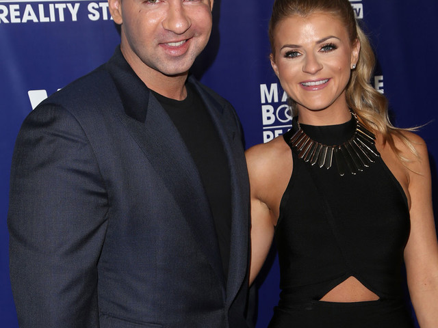 Did Mike The Situation Sorrentino's wife get her pre-wedding nose job comped?