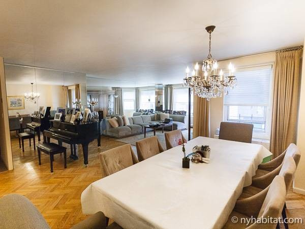 New York Apartment: 4 Bedroom Apartment Rental in Upper West Side (NY-772)