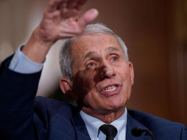 Fauci can't give a 'really firm answer' on why Americans with natural immunity need vaccines