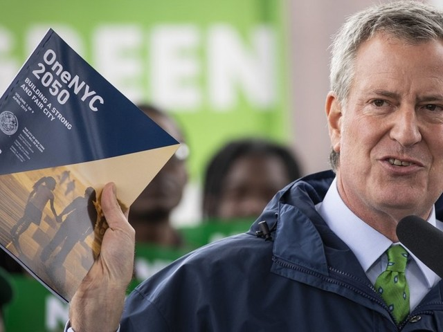 NYC Mayor de Blasio vows to ban glass and steel skyscrapers as part of city's Green New Deal