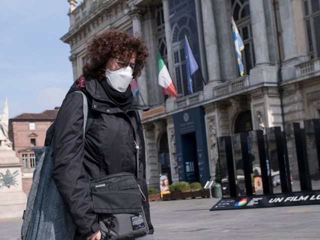 Journalist says she'd rather be invirus-ravaged Italy than in Trump-led US during the coronavirus outbreak. Her reason is not great.