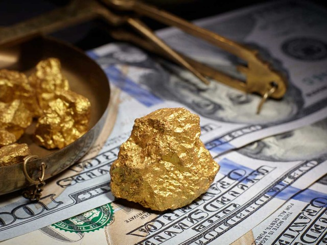 Are Stocks Doomed as Gold Soars?