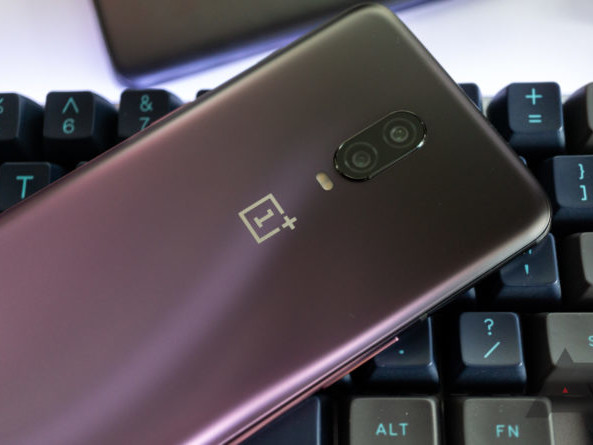 Latest OxygenOS update for OnePlus 6 and 6T packs December's security patches, plus piles and piles of bug fixes