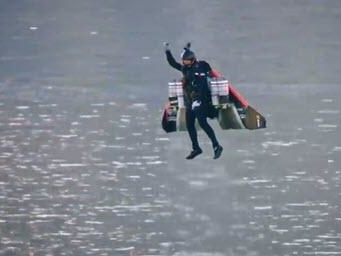 Stunning Video: Dubai Shows Off Human Jet Pack That Does 150MPH