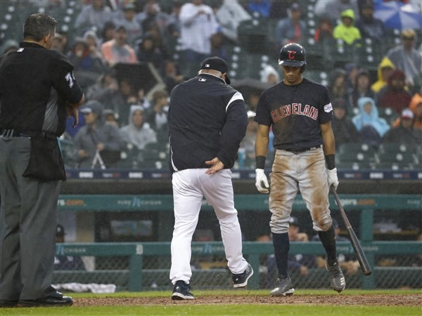 Bieber sharp, Martin steals home as Indians beat Tigers