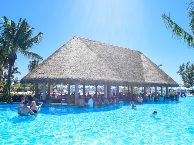 Perfect Day at CocoCay photo update