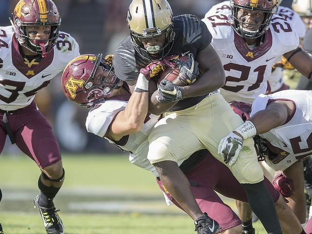 Once No. 1, Gophers have fallen fast in run defense rankings