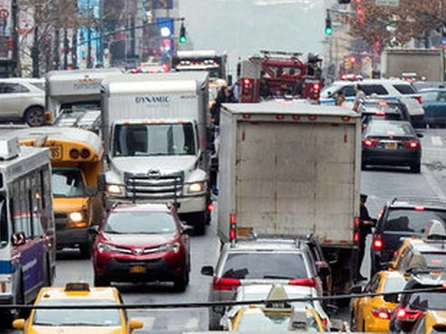 Taking a road trip Memorial Day weekend? Here's the worst time to get on the road