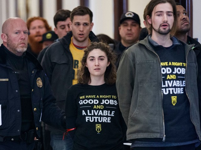 "Students Ask Mitch McConnell To Back The Green New Deal, Saying It's ""Our Only Hope"""
