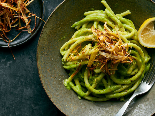 The Crispiest, Creamiest Vegan Pasta