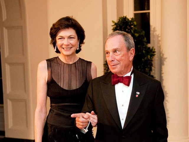 Michael Bloomberg says his live-in girlfriend would be 'de facto first lady' if he wins election