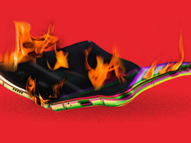 It only took 4 months for the future of the smartphone to crash and burn