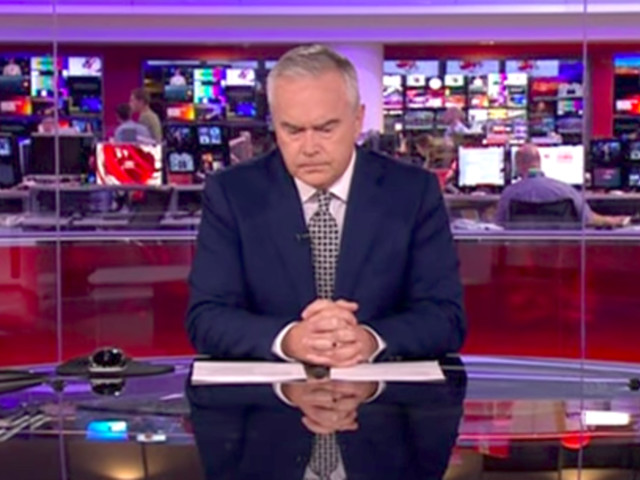 BBC Anchor Sits Calmly In Silence For 4 Minutes As Live Broadcast Implodes