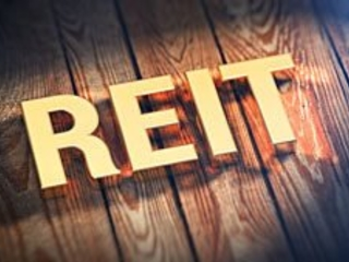 The Best REIT to Buy Now Will Pay You 10%