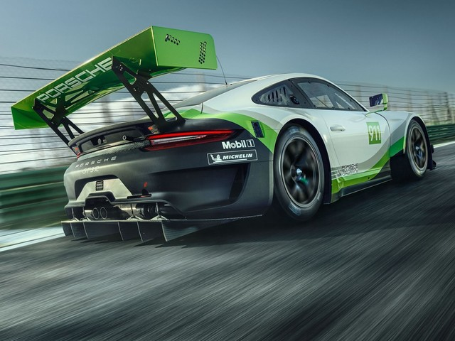 Porsche 911 GT3 R Looks Ready to Dominate the Track