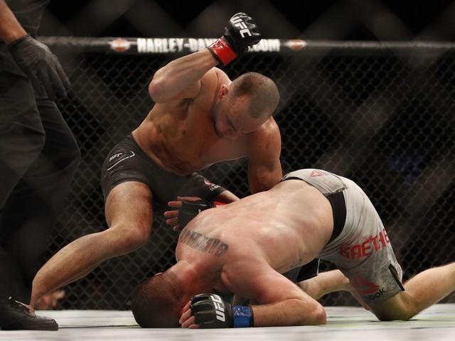 UFC 218 video recap: Eddie Alvarez hands Justin Gaethje first loss with third-round knee
