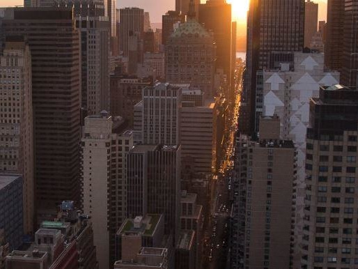"""No Hurry To Buy"" - Manhattan Luxury Rents Surge As Buyers Wait For The Crash"