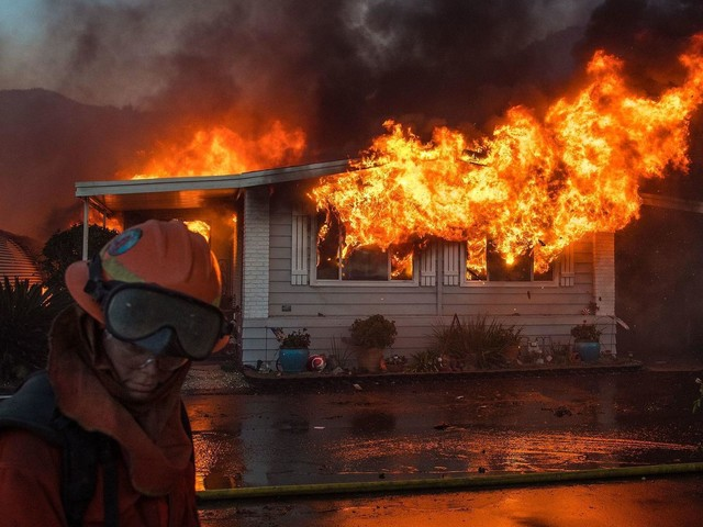 Essential California: Fires rage from San Diego to the San Fernando Valley