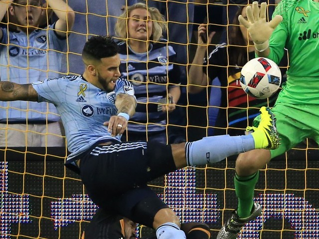 Sporting KC's Dom Dwyer traded to Orlando in record deal