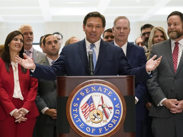 DeSantis Signs Voter Law, Allows Only Fox News to Cover