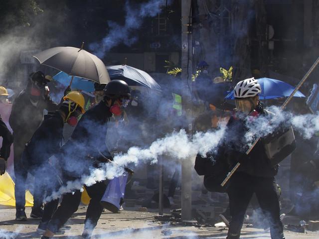 Hong Kong protests see renewed clashes at university